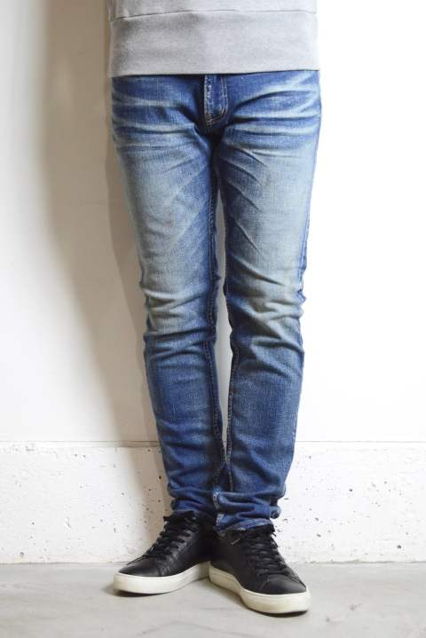 【人気定番デニム】HYBRID-STRETCH VINTAGE FINISH DENIM 5P TAPERED (INDIGO LIGHT)【ラストMサイズ1本】